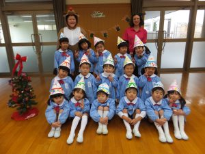 2015.12.21christmasparty-029